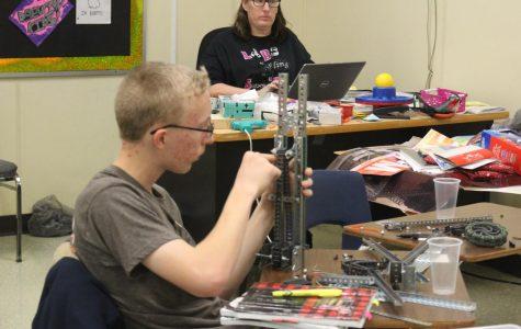 Robotics classes offer new technology courses