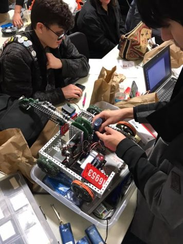 Robotics classes offer new technology courses