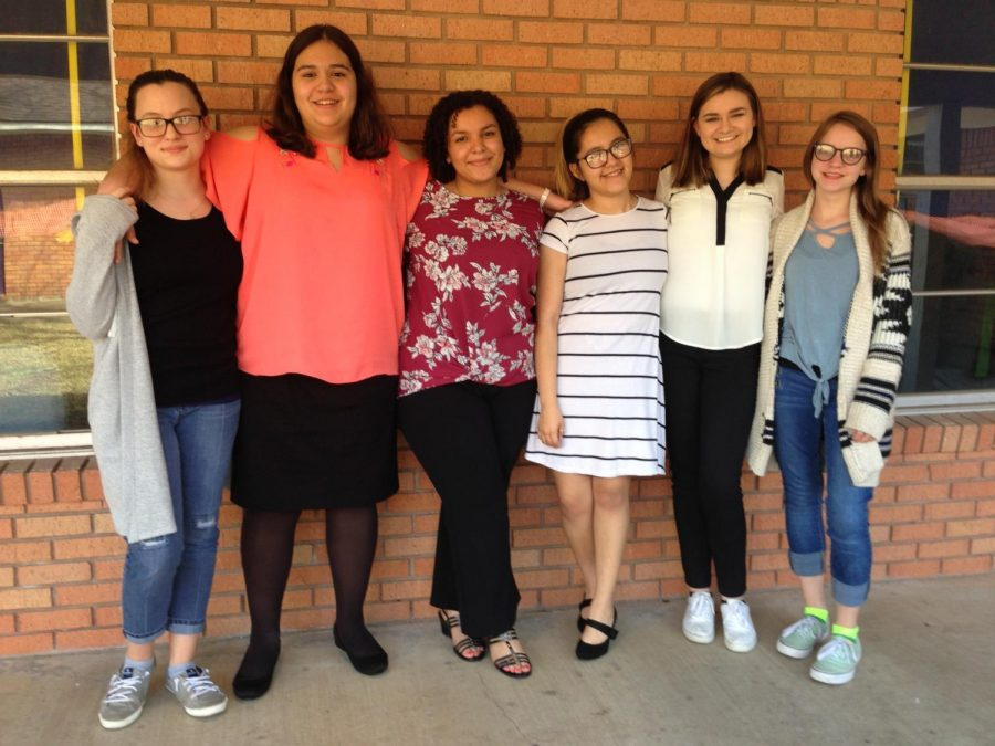 Debaters+that+were+part+of+the+competition+were+Zenobia+McMillan%2C+Sydney+Parcus%2C+Aaliyah+Walker%2C+Lesly+Vargas%2C+Sophie+Easter+and+Amy+Hoepfinger.+