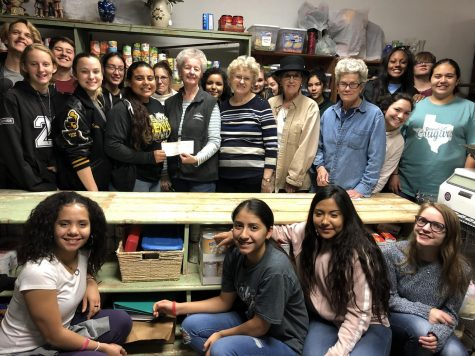 Student Council Gives Back to Community