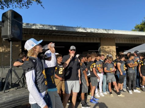 Community Meets the Cougars
